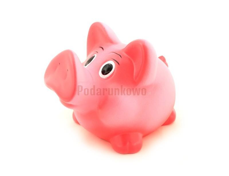 Klasyczna, ceramiczna, różowa świnka skarbonka jest świetnym prezentem dla każdego :) Sprawdzi się na urodziny, imieniny i inne okazje :)