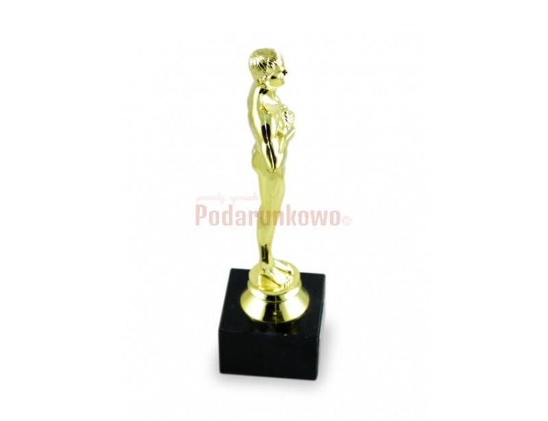 Statuetka Wiktora jest doskonałym pomysłem na prezent dla ukochanego Męża :) Jest elegancka, starannie wykonana, pomysłowa i pięknie się prezentuje