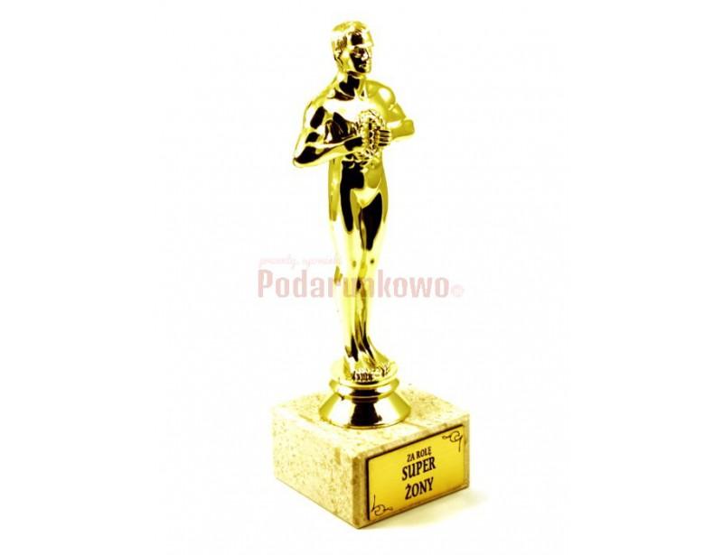 Statuetka Wiktora jest doskonałym pomysłem na prezent dla ukochanej Żony :) Jest elegancka, starannie wykonana, pomysłowa i pięknie się prezentuje