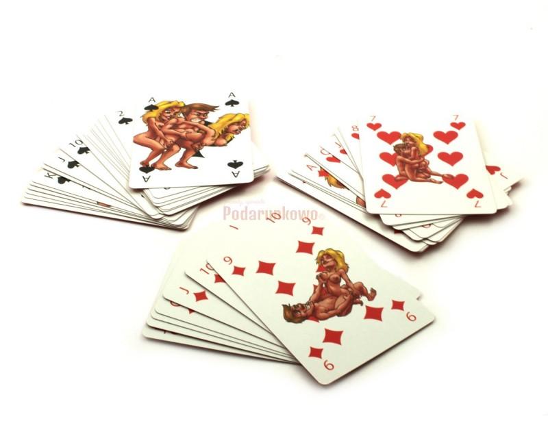 Super oryginalny gadżet w postaci kart do gry z nadrukowanymi miłosnymi pozycjami, z pewnością przypadnie do gustu każdemu miłośnikowi karcianych rozgrywek :) To świetny prezent na wieczór kawalerski lub panieński