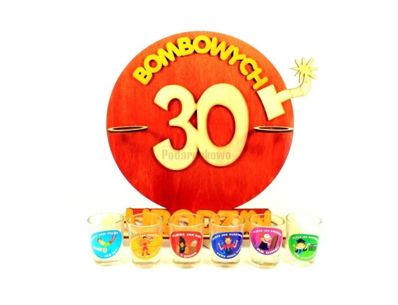 Oryginalny, ozdobny stojak na 30-stkę będzie świetnym upominkiem na wyjątkowe i jedyne w swoim rodzaju urodziny :)