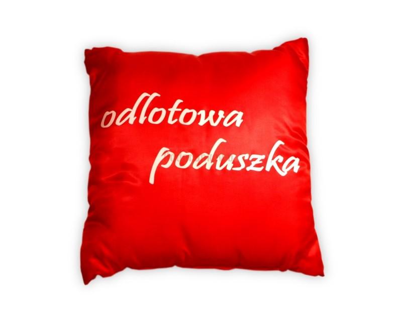"""Jest miękka, piękna i wygodna :) Oto idealny prezent dla dziewczyny - czerwona poduszka z super napisem """"Odlotowa poduszka dla super dziewczyny""""."""