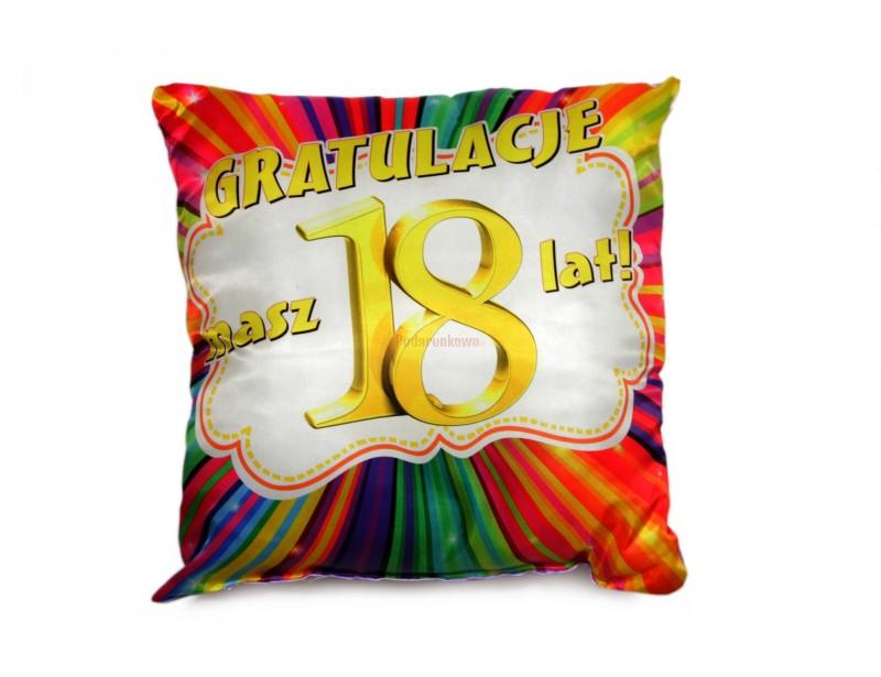 Piękna, kolorowa, optymistyczna poduszka to znakomity prezent dla 18-latki.