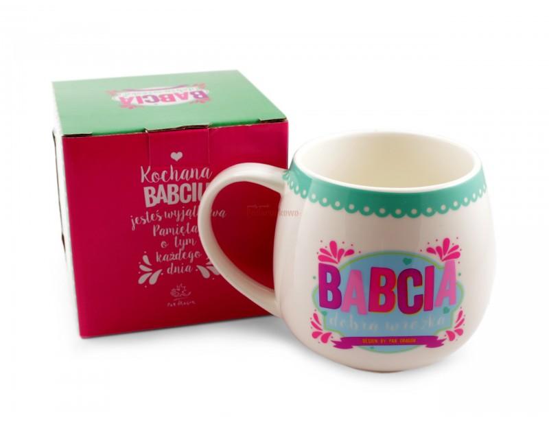 Śliczny, kolorowy ceramiczny kubek będzie doskonałym prezentem dla babci. Każda babcia będzie z niego dumna :)