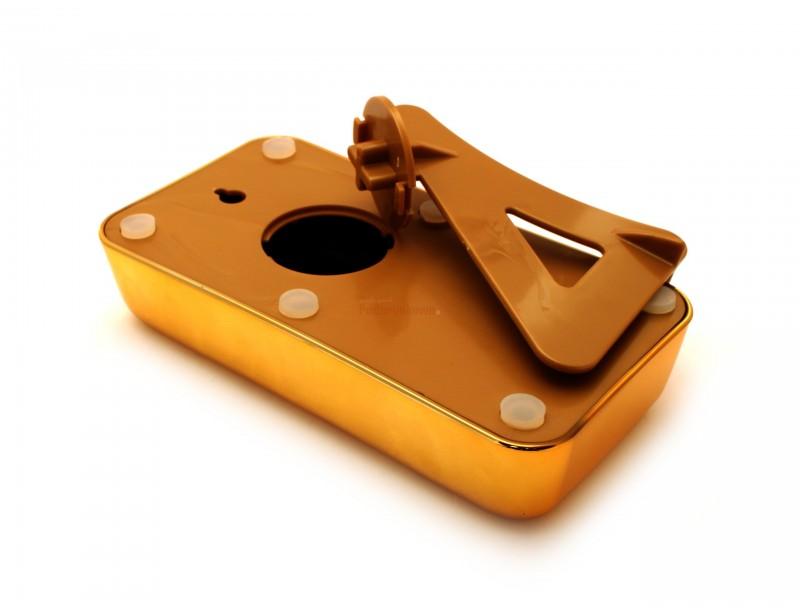 Rewelacyjna skarbonka w kształcie sztabki złota wykonana jest z ceramiki świetnie imitującej złoto. To wyjątkowo oryginalny element dekoracyjny, który pomoże nam w oszczędzaniu :)