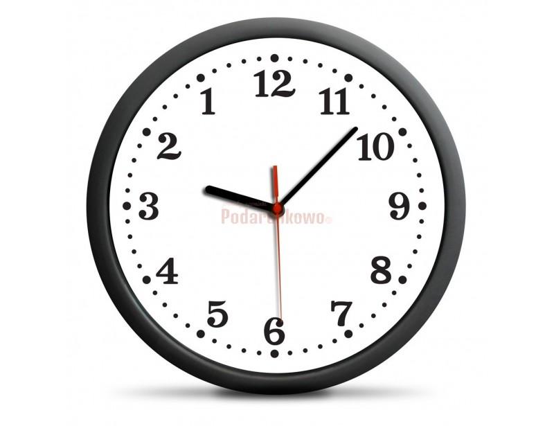 Od dziś czas może się cofać! Wskazówki tego zegara obracają się w przeciwną stronę, a tarcza także jest odwrócona.
