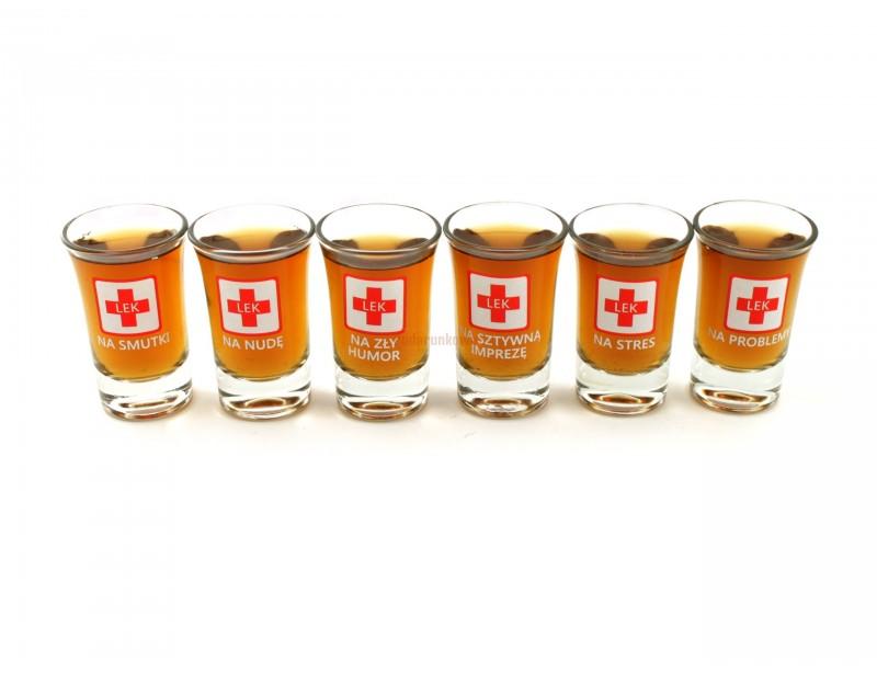 Niepowtarzalne, zabawne kieliszki na imprezę w formie apteczki :) W skład zestawu wchodzi 6 sztuk kieliszków - każdy (oczywiście uprzednio napełniony) jako lekarstwo na daną przypadłość :)