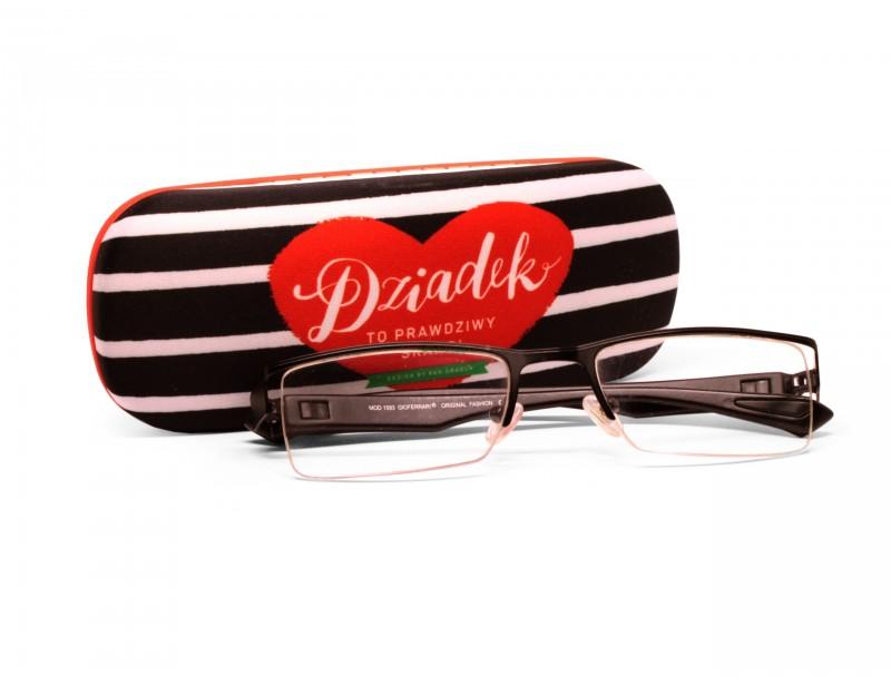 Piękne i eleganckie etui na okulary - to świetny pomysł na prezent z okazji Dnia Dziadka. Niech ich zapasowe oczy mają wygodny futerał :)