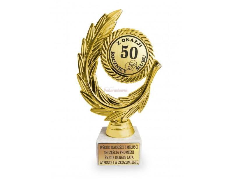 Piękna i zachwycająca statuetka to wyjątkowy prezent na 50 rocznicę ślubu (złote gody).