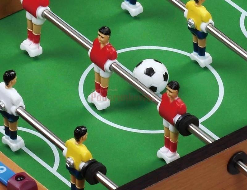 Wspaniały prezent dla chłopaka. To wymarzona gra, przenosząca nas o kilka lat wstecz :) Piłkarzyki to klasyczna gra, która daje mnóstwo radości i zabawy.