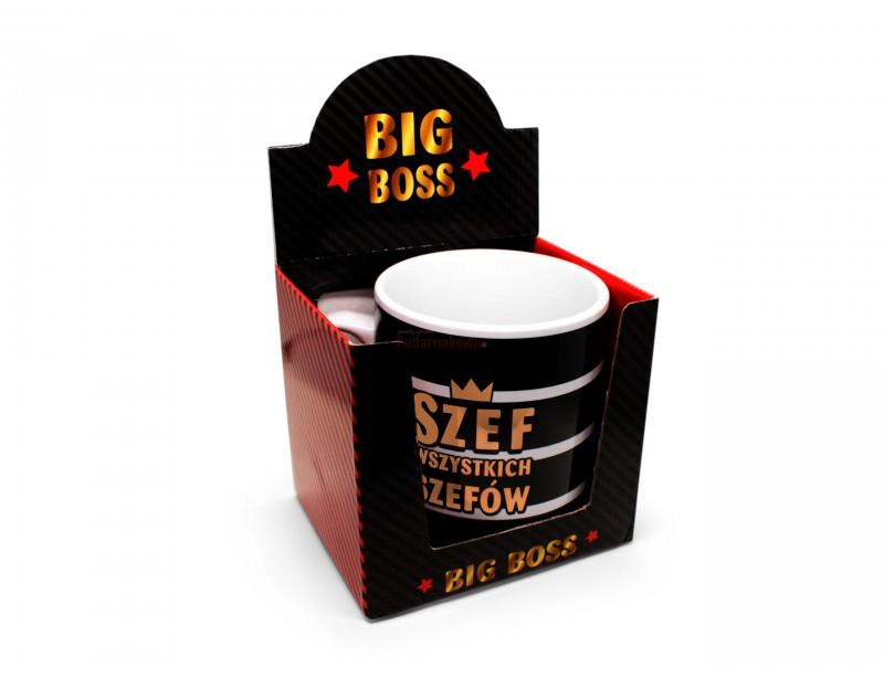 Jeżeli zwykły kubek to dla Ciebie za mało wybierz MEGA wielki kubek niezwykłych rozmiarów. Pojemność kubka wynosi 0,8 litra. Napis na kubku: Szef wszystkich szefów
