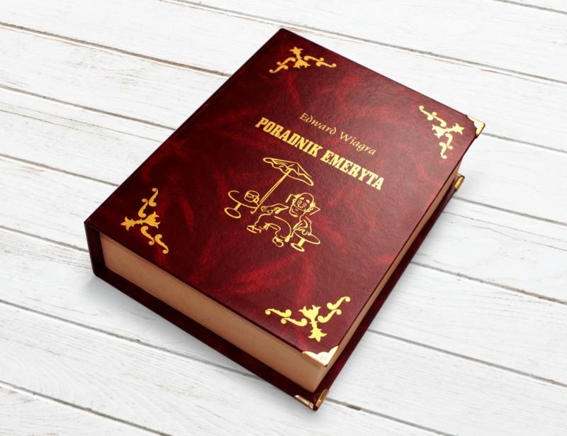 Duży schowek na alkohol w postaci książki - Poradnik Emeryta - to oryginalny i zacny prezent dla emeryta.