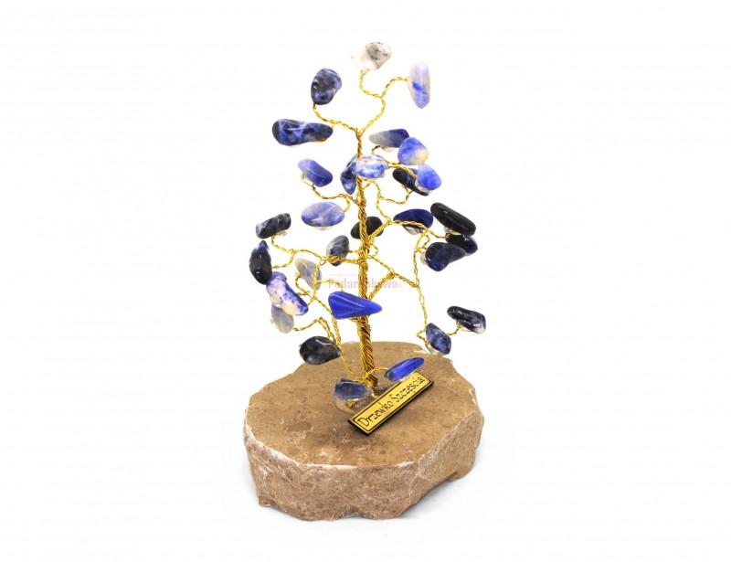 Piękne drzewko szczęścia do doskonały prezent dla kogoś, kto lubi otaczać się wyjątkowymi i niepowtarzalnymi przedmiotami. To miły i sympatyczny prezent dla nauczycielki, dla mamy lub dla koleżanki.