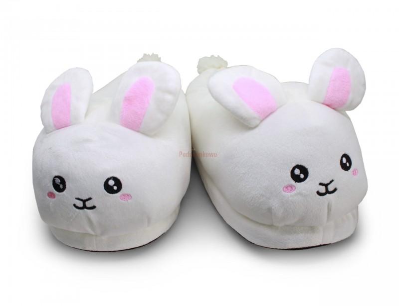 Świetne kapcie w kształcie króliczków to super prezent dla dziewczyny. Kapcie są miękkie, śliczne i urzekające, ponadto idealnie sprawdzają się podczas chłodnych poranków