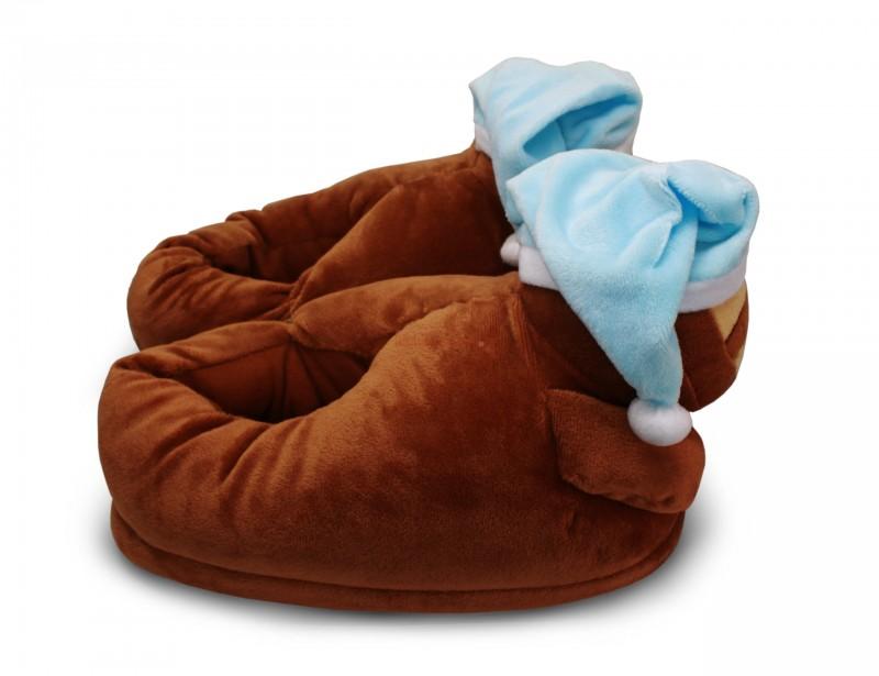 Pluszowe kapcie w kształcie słodkich leniwców to idealny prezent dla chłopaka. Tak, tak, ponieważ wszyscy doskonale wiemy, jak leniwi są prawdziwi, stuprocentowi mężczyźni :)
