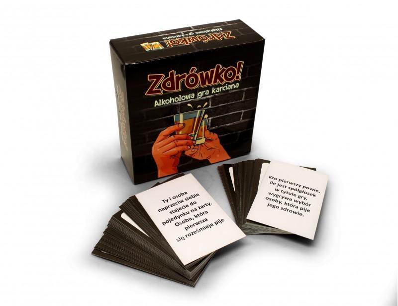 Rewelacyjna gra na imprezę. Gra zawiera 72 karty z poleceniami, jakich na pewno się nie spodziewasz :) To gwarancja udanego spotkania ze znajomymi lub urodzinowej imprezy w gronie przyjaciół, którzy lubią dobrze się zabawić :)