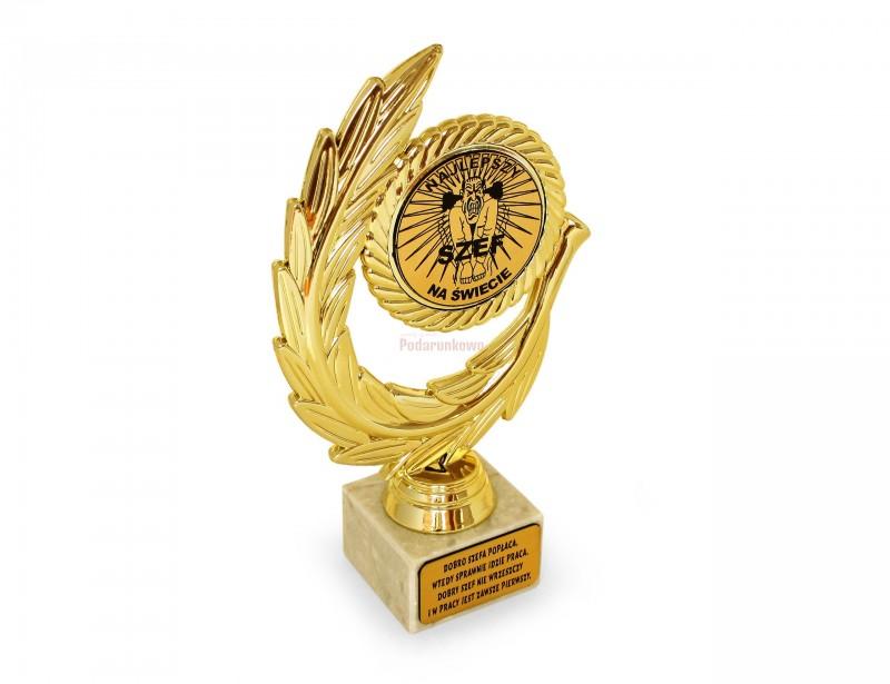 Elegancka statuetka w formie złotego lauru z napisem Najlepszy Szef na świecie sprawi Twojemu przełożonemu mnóstwo radości i powodów do dumy :)