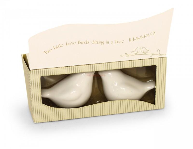 Perfekcyjny prezent na ślub. Elegancki zestaw przyprawników w kształcie gołąbków to wspaniała niespodzianka dla Młodej Pary.